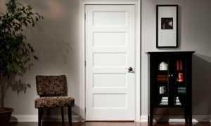 Облагородить входную дверь своими руками