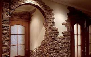Отделка входной двери искусственным камнем