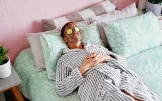 Сонник онлайн лежать с девушкой на кровати